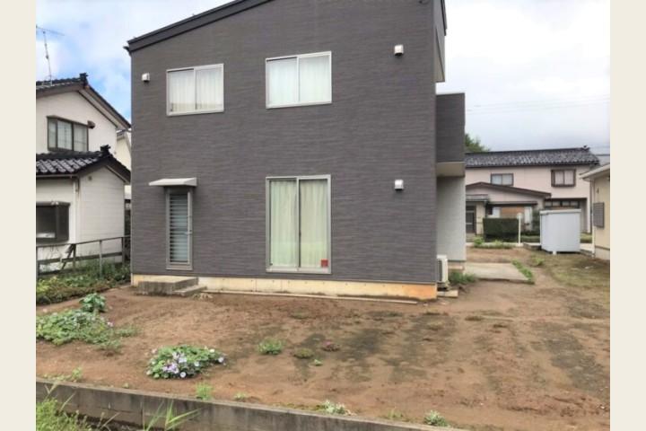 庭スペース(南側)